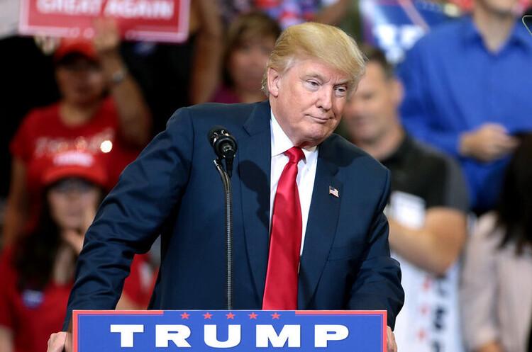 Ексюрист Білого дому був «стурбований» спробою Трампа зупинити розслідування щодо Росії – стенограма
