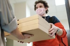 Сервіси кур'єрської доставки створять спільну платформу задля врегулювання роботи компаній