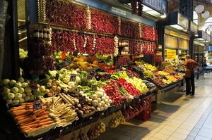 Світові витрати на імпорт продовольства виростуть на 12% до рекордного рівня в цьому році – FAO