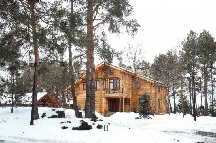 Резиденцію Януковича передали в управління мережі готельно-ресторанних комплексів