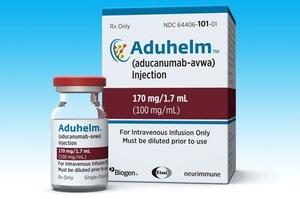 Двоє експертів пішли з комітету FDA на знак протесту проти схвалення препарату від Альцгеймера