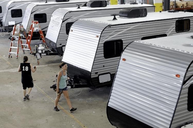 В США компанія, що випускає будинки на колесах, отримала замовлень на $14 млрд