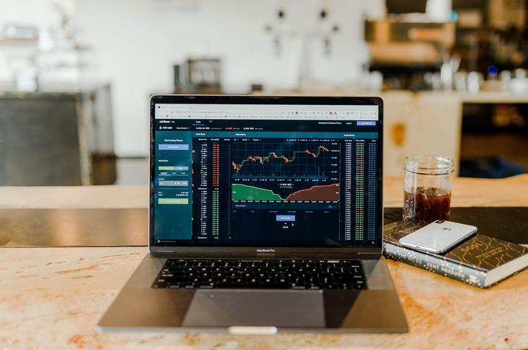 Фондовий ринок запускатимуть разом із другим рівнем накопичувальної пенсійної системи – Шмигаль