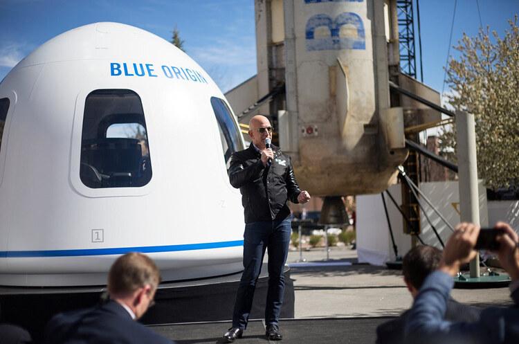 $28 млн за 12 хвилин польоту: Blue Origin продала квиток у космос разом з Безосом