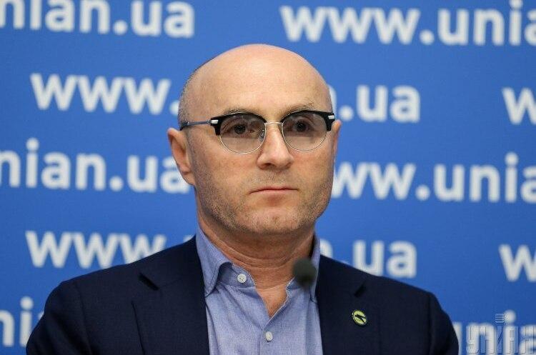 Колишньому директору «Борисполя» та президенту «МАУ» вручили обвинувальний акт у справі про корупцію в аеропорту