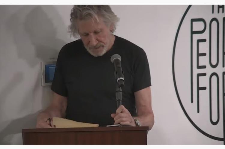 Співзасновник Pink Floyd відмовив Цукербергу у використанні пісні «Another brick in the wall 2»