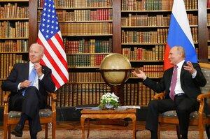 Керована конфронтація: підсумки першої зустрічі Байдена та Путіна