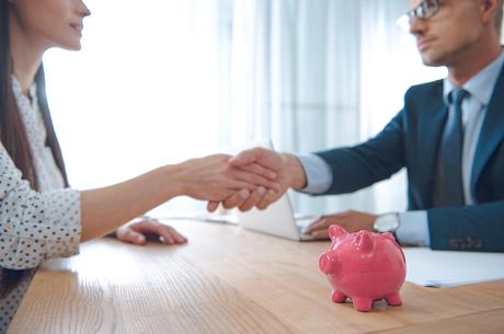 Безпечні реквізити: як працює комплаєнс при відкритті банківського рахунку