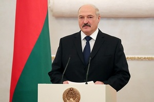 Білорусь не буде приймати літаки з України – Лукашенко