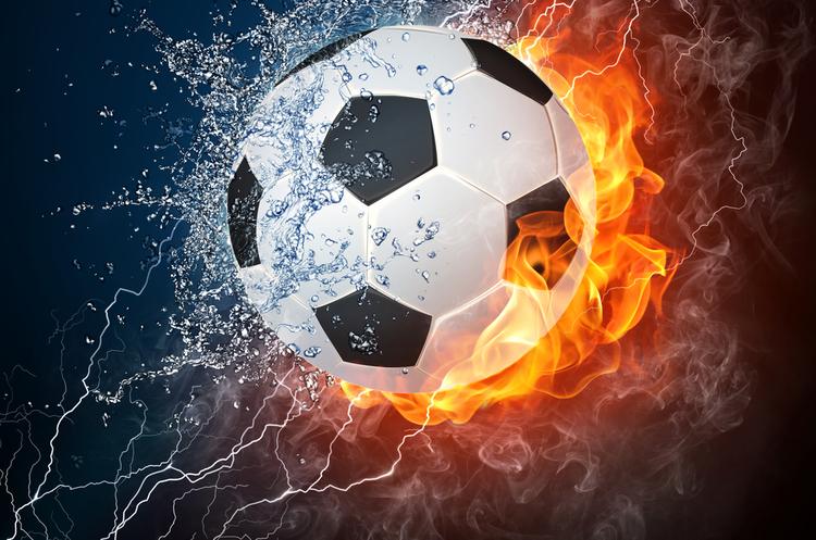Акценти тижня: політика на футбольному полі, американо-російський нестійкий компроміс та сировинні протиріччя «зеленої» енергетики