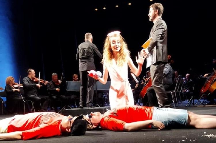 Моцарт на Подолі: чи вдалася сучасна інтерпретація класичної «Так чинять усі жінки»