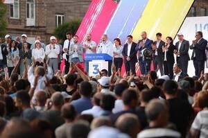 Опозиція у Вірменії оскаржує перемогу Пашиняна в суді