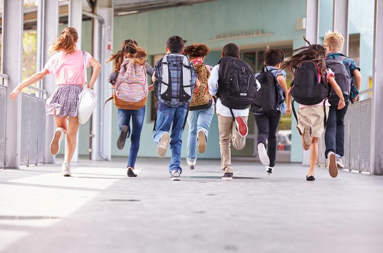 ВООЗ рекомендує не закривати школи на ковід-карантини, а проводити тестування