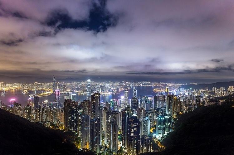 Facebook, Twitter і Google пригрозили піти з Гонконгу