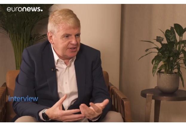 Мільярдер Джим Меллон: «Через 10 років молочних продуктів більше не буде»