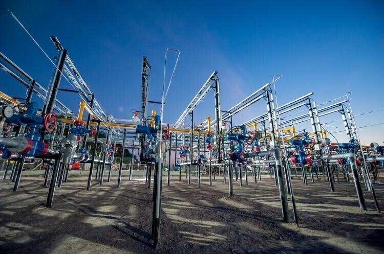 «ДТЕК Нафтогаз» на першому етапі інвестує в роботи на Зінківській площі 1,2 млрд грн