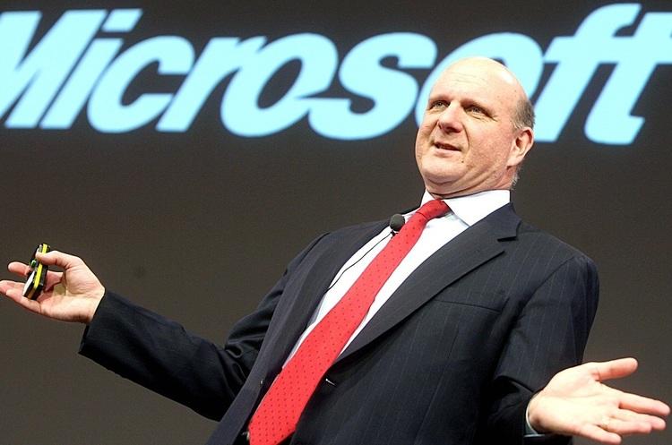 Екс-гендиректор Microsoft став дев'ятою людиною у світі, чий капітал перевищив $100 млрд