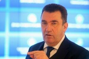Данілов спростував інформацію про продаж мережі АЗС Медведчука