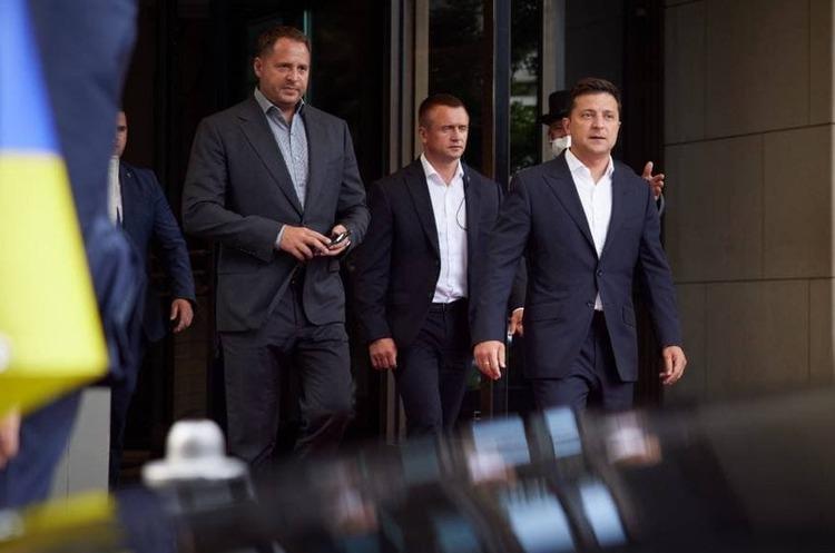 Роги дилеми: з чим Зеленський поїхав до Меркель