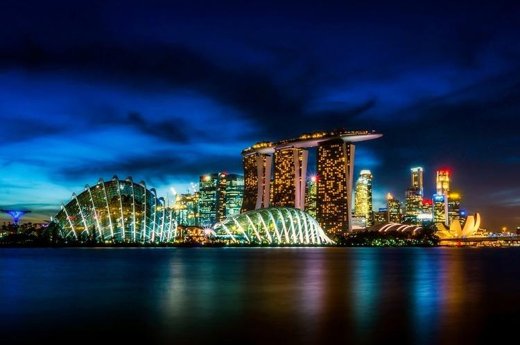 Сінгапур готовий проміняти статус нафтового хаба на «зелене» майбутнє