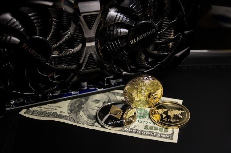 Біткойн обвалився нижче $30 000, ринок криптовалют за добу втратив майже $100 млн