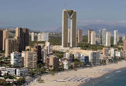 В Іспанії завершили будівництво найвищого в Європі житлового будинку