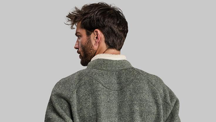 Garbage Sweater: в бутик замість звалища