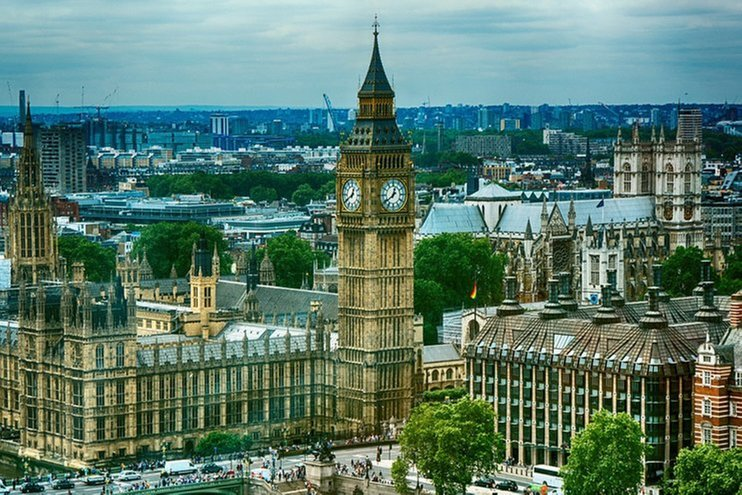 Китайський бізнесмен через лазівку в законі отримав дозвіл будувати 8-поверховий палац в центрі Лондона