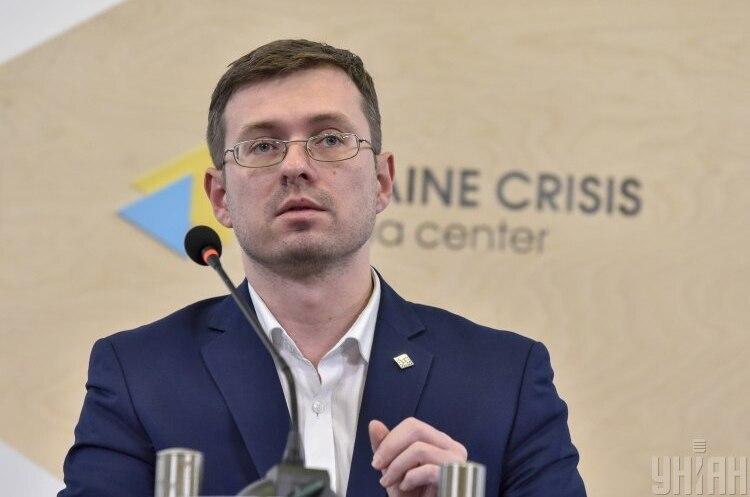 Головний санлікар прогнозує повернення України до «червоної» зони карантину