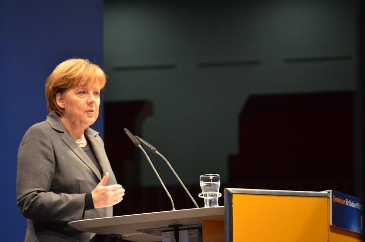 Угода по «Північному потоку – 2» - це «хороший крок», попри напруженість – Меркель