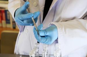 Комбінація Pfizer після AstraZeneca ушестеро ефективніша, ніж дві ін'єкції останньої – дослідження