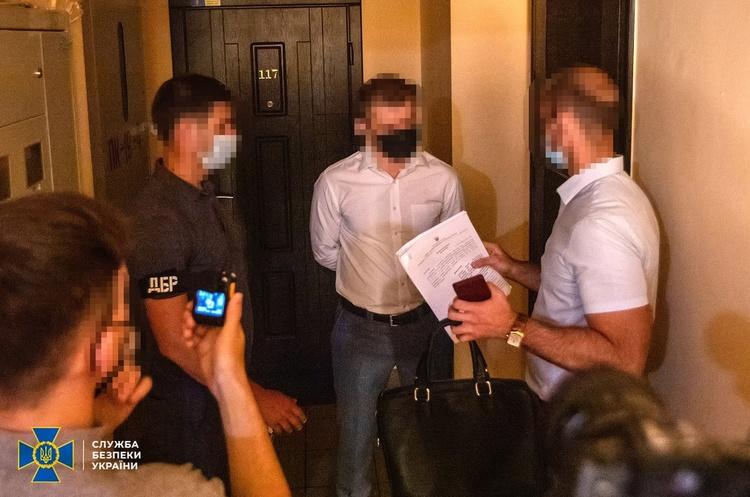 Суд відсторонив від посад і взяв під домашній арешт керівництво АРМА