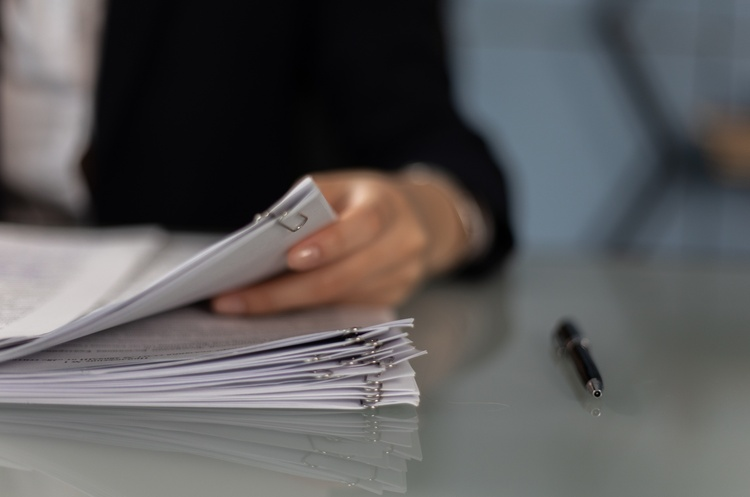 Мінекономіки анулювало ліцензію компанії-посередника у працевлаштуванні за кордоном «Воркхаб»