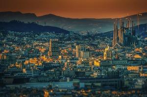Користуючись пандемією Барселона перетворює центральні вулиці на зелені зони