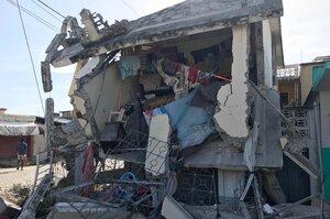 Від землетрусу на Гаїті загинуло понад 1297 осіб. Тепер на країну суне потужний шторм