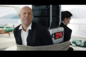 Брюс Вілліс знявся в серії рекламних роликів російського оператора «Мегафон» (ВІДЕО)