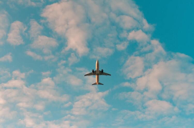 Німецький лоукостер Eurowings починає польоти в Україну