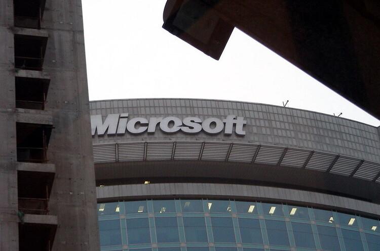 Microsoft попередила тисячі користувачів про компрометацію хмарних баз даних Azure