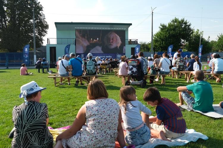 Национальный тур «Кино под открытым небом» завершился рекордами