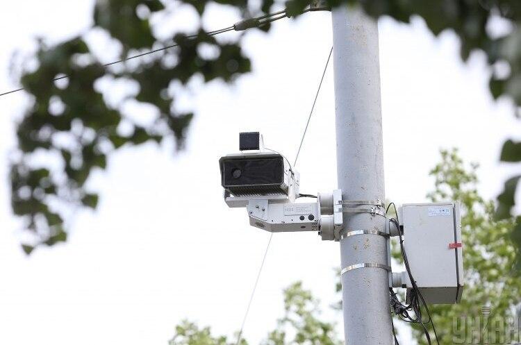 На дорогах України додалося ще 20 камер автофіксації порушень