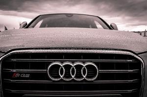 Audi повідомила, що зупинить випуск всіх типів автомобілів з ДВЗ до 2033 року