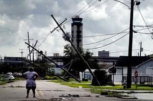 Через ураган Іда нафтовидобувні компанії Мексиканської затоки припинили діяльність