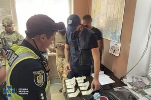 СБУ викрила корумпованих патрульних на Херсонщині