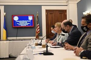 Зеленський провів зустріч з представниками українського кокусу в Конгресі США