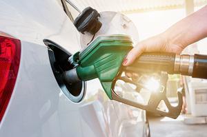 Мережі АЗС підвищують ціни на бензин та дизпаливо