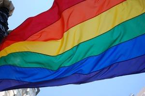 ЄС погрожує позбавити Польщу 126 млн євро дотацій за анти-ЛГБТ зони