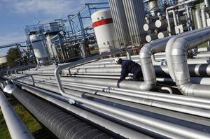 «Укртранснафта» в серпні збільшила транспортування нафти на НПЗ України наполовину