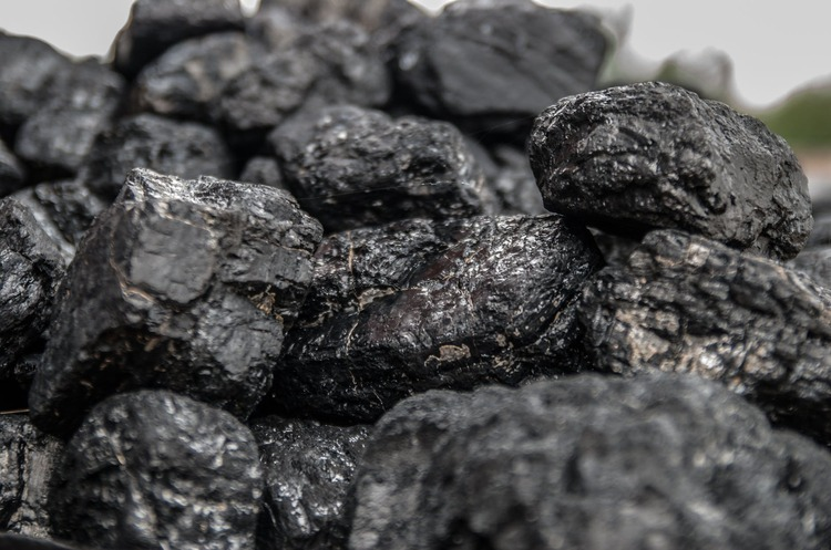 Міненерго звернулося до поліції через нестачу вугілля на складах «Львіввугілля»