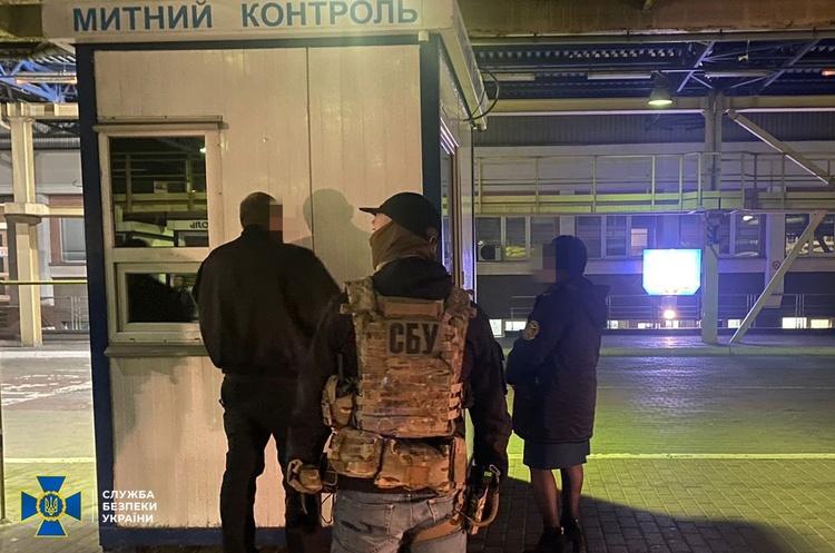 СБУ викрила корупційну схему на Львівській митниці