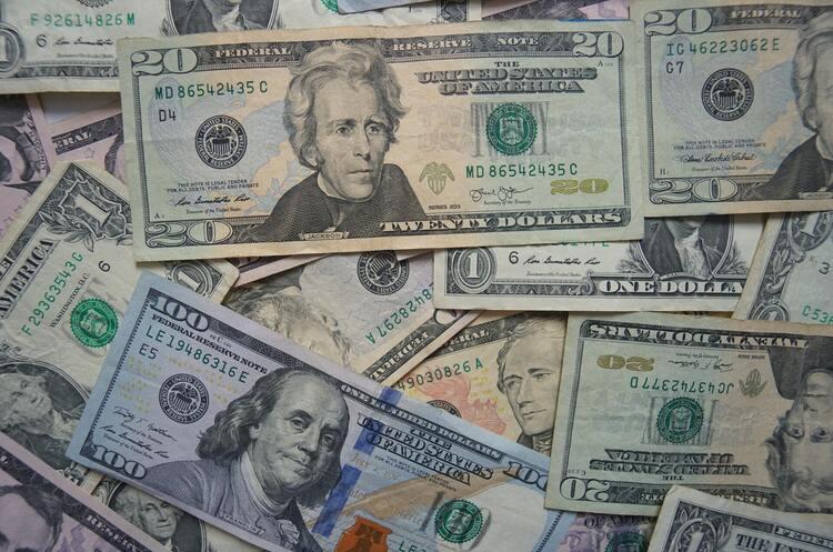 Україна очікує $750 млн від МВФ в листопаді-грудні – голова уряду